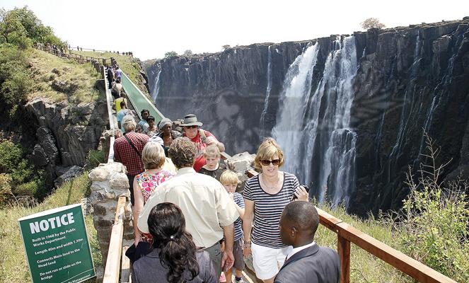 'Tell world Victoria Falls is in Zambia'